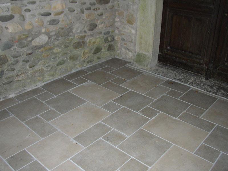 dallage-porche-eglise-Castagnede-002
